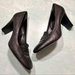 Franco Sarto black leather loafer heels size 9